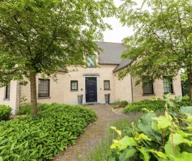 Luxurious Villa in Heers with Pool and Parking